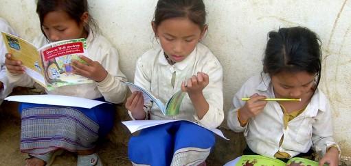 Piger læser